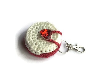 Crochet vaseline holder keyring, lip balm holder keyring, valentines gift.