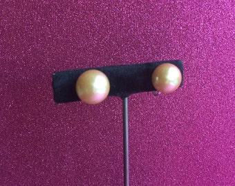 Costume Pearl Vintage Screwback Earrings