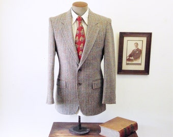 1970s-80s LEVI'S Wool Tweed Suit Jacket Vintage Mens Gray, Red, Blue & Tan Wool Blazer / Sport Coat by Levi Strauss - Size 38 (MEDIUM)
