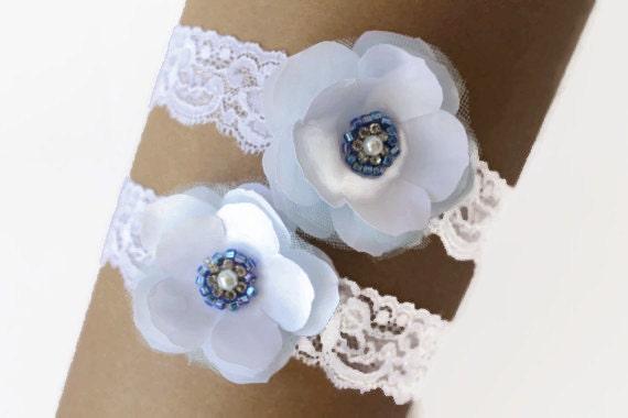 Wedding Bridal Garter Set, Stretch Garter ,Tossing Garter with Flowers, Rhinestone Crystals and Pearls ,Vintage