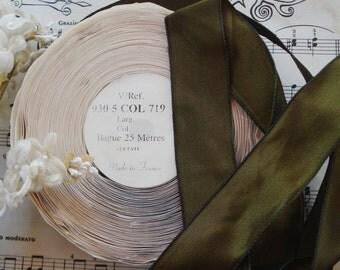 "1y Vintage French 1"" Deep Moss Green Wired Taffeta Millinery Ribbon Work Flowers Leaves Leaf Ruching Trim Chic Hat Bow Dress Edwardian"