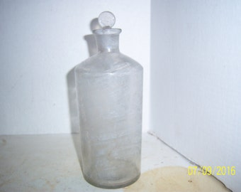 "1890's 8 1/2"" inch CLEAR Etched Apothecary Chemical Druggist Medicine Bottle with stopper"