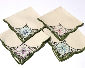 Vintage Embroidered Linen Napkins, Hand Embroidered Napkins, Set of Four, Beautiful Floral Embroidery