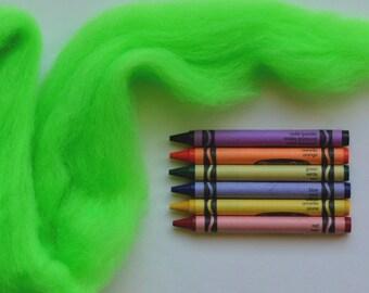 CORRIEDALE WOOL SLIVER - Highlighter Green (1 oz) - Wool fiber for needle felting , wet felting , and spinning