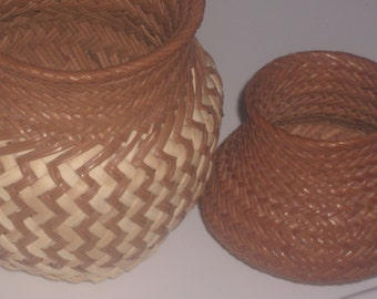 Set of Two Takahumara Native Pine needle baskets