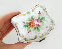 Vintage French Limoges Porcelain Hand Painted Trinket Box  ,French Porcelain Dresser Box,Jewelry Box ,Wedding Ring Box,Porcelain Ring Box
