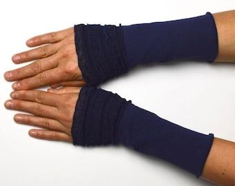 Mittens arm warmers vintage retro blue romantic