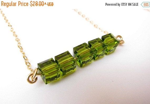 SALE - Peridot Gold necklace - Peridot necklace, peridot bar necklace, Green necklace, Bar pendaant necklace, August birthstone