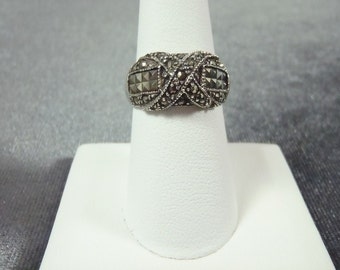 Sterling Silver Marcasite Ring Sz. 7 3/4  R21
