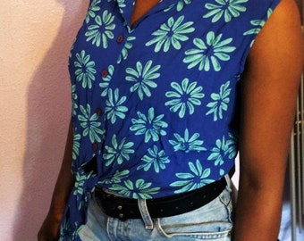 Vintage 90s Blue Tropical Sleeveless Floral Tie Front Crop Shirt