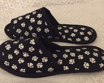 Bedroom Slippers, Spa slippers, Indoor Shoes, House Slippers, doggy paw print black white Cotton paw print
