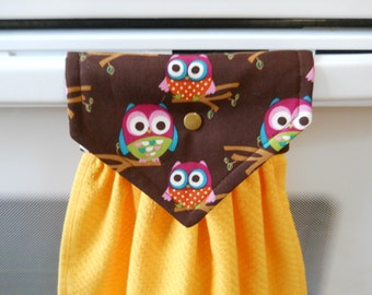 OWLS adorn this lovely  hanging gold kitchen towel.