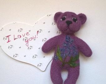 Needle felted fridge magnet,bear,purple, lilac