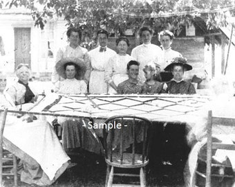 MEHAMA, OREGON Quilting Bee in 1905 - Vintage Photo Print, Ready to Frame!