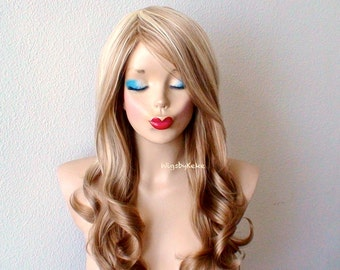 Ombre wig. Blonde / Light brown wig. Long curly hairstyle long side bangs heat friendly synthetic wig for Daily use or Cosplay.