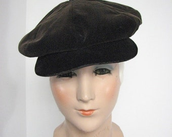 1960/70s Newsboy Brown Velvet Cap....size Small
