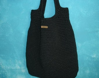 Oversize black crochet bag