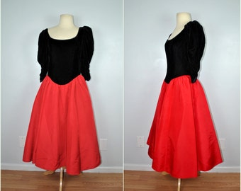 Jessica McClintock Gunne Sax Black Velvet and Red Dress, Vintage Black and Red Dress, Christmas, Holiday