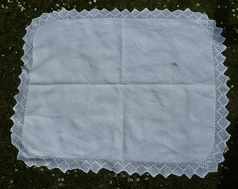 linen vintage  tablecloth with crochet lace 115x90cm, lace 10 cm, very good condition