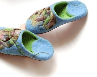 Ready to ship slippers felted slippers Floral felted slippers blue felt slippers Women house shoes Gift for her eco friendly 7,5US