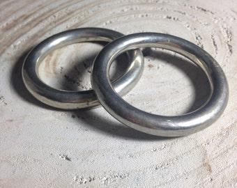 Metal rings for vintage jewelry