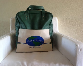 Travel bag, Vintage Airline carry on / Collette Tours Green Vinyl Tote / RETRO 1960s - 1970s travel case / vintage overnight bag