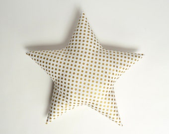 gold star pillow // metallic gold star pillow // gold polka dots // metallic gold pillow