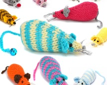 Lovingly made hand knitted mouse mice available in loads of colours, your own little mousey friend! Mouse toy cat cute. Lovely animal gift