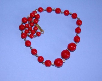 Lovely Vintage Crimson Red Glass Beaded Necklace