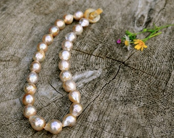 seriously elegant creamy kasumi pearl necklace, jade clasp, 12-14mm kasumi pearl necklace