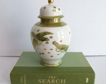 Ginger Jar Vintage Chinoiserie Asian Decor Oriental Decor Vintage Ginger Jar Lidded Ginger Jar Chinoiserie Vase Green and White Vase