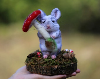 Needle Felted Chinchilla, Chinchilla Sculpture, Animal Sculptures, Needle Felted Animal, Felt Animals, Mushroom, Woodland, Fairytale, Whimsy