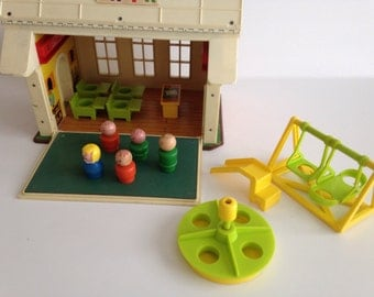 Vintage Fisher Price Little People School and Playground with Wooden 5 Little People Figurines