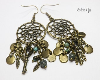 Ethnic earrings, bronze metal, glass beads, seeds, metal beads.