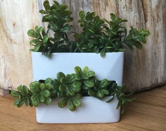 Vintage white pear bud vase pen holder ceramic simple pottery mantel shelf planter pot modern home decor