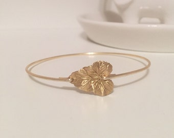 Leaf bangle, leaf bracelet, leaf, gold leaf, bridesmaid bangle, bridesmaid
