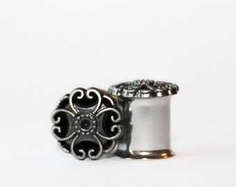Gothic Plugs, gauges   0g, 00g, 7/16, 1/2, 8mm 10mm 11mm 12mm
