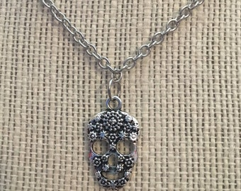 "16"" Silver SugarSkull Necklace"