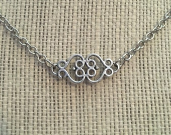 "16"" Silver Ornate Scroll Necklace"