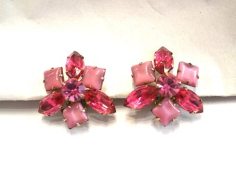 "1950's Vintage Two Tone Pink Rhinestone Clip On Earrings  with Millky Mauve Square Stone- Hollywood Glamorous  1"" by 1"" Flower"