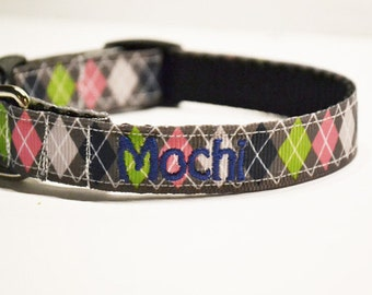 """Personalized Dog Collar / Dog Collars / Pets / Adjustable Dog Collar / Made to Order / Dogs / 3/4"""" - 5/8"""" Wide"""