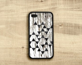 Triangles iPhone 4 case, Chipped Paint iPhone 4s Case, iPhone 4 Cover Rustic Wood, Black and White iPhone 4 Case