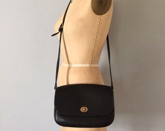 1970s Coach purse / black leather boxy messenger bag