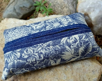 Blue Floral Tissue  Case, Tissue Holder
