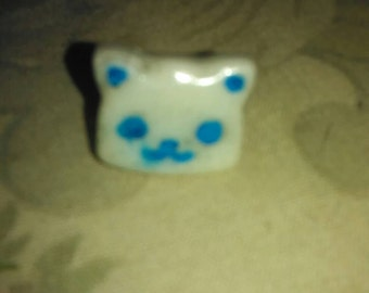 Glow kitty ring