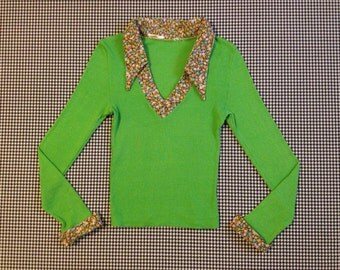 1970's, lime green, rib-knit, shirt, with floral print collar and cuffs, Women's size Small