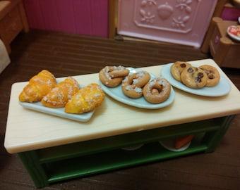 Pastry miniature food 1:12 scale miniature food dollhouse/doll miniature food fake food  12th scale food