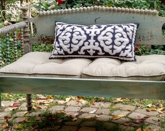 Lovely Vintage Spool Bed Settee, Bench