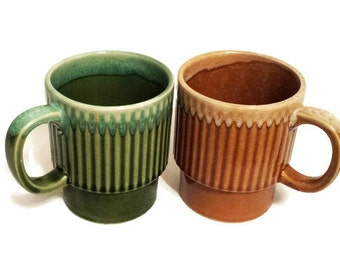 Mid Century Drip Glaze Mugs Stacking Coffee Cups Green Gold Made in Japan