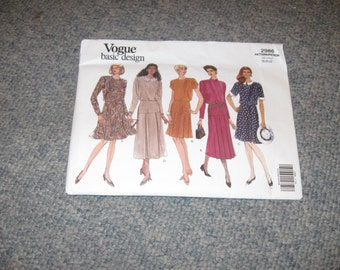 Vintage Vogue Basic Design Pattern 2986 Easy Factory Folded Uncut Misses 1992 Dress Pattern Sizes 18 And 20 And 22
